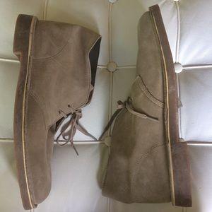 Clarks Chukka Boots leather tan men's 13